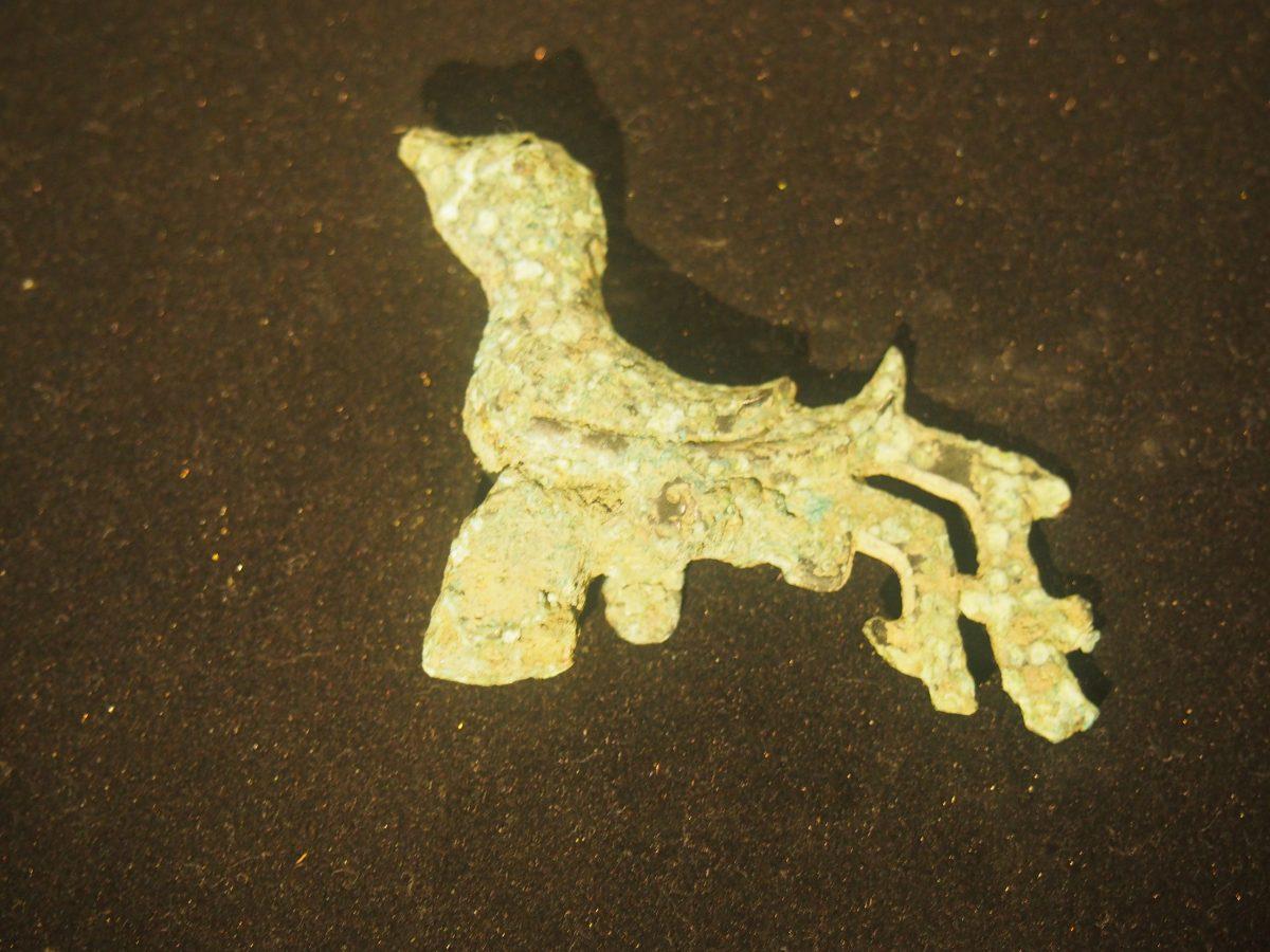 铜器·玄鸟