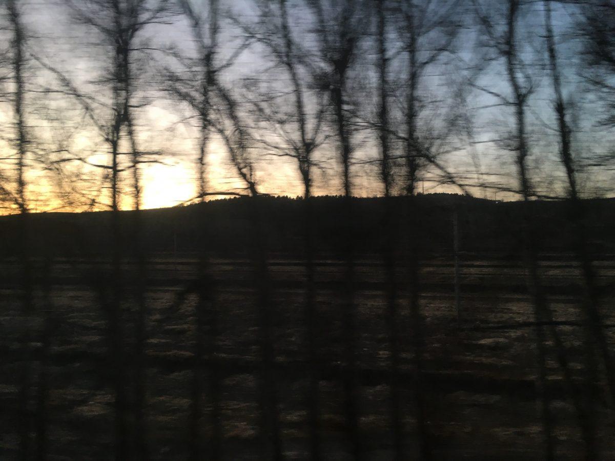 黎明时分的内蒙古山区