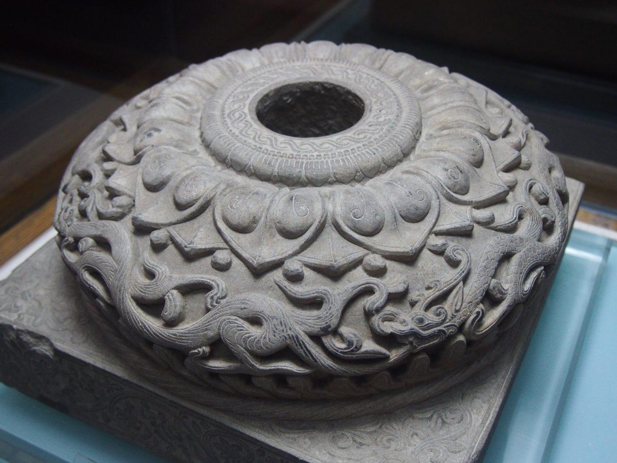 北魏石雕柱础