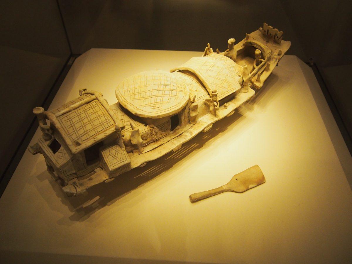 广州出土的东汉陶船