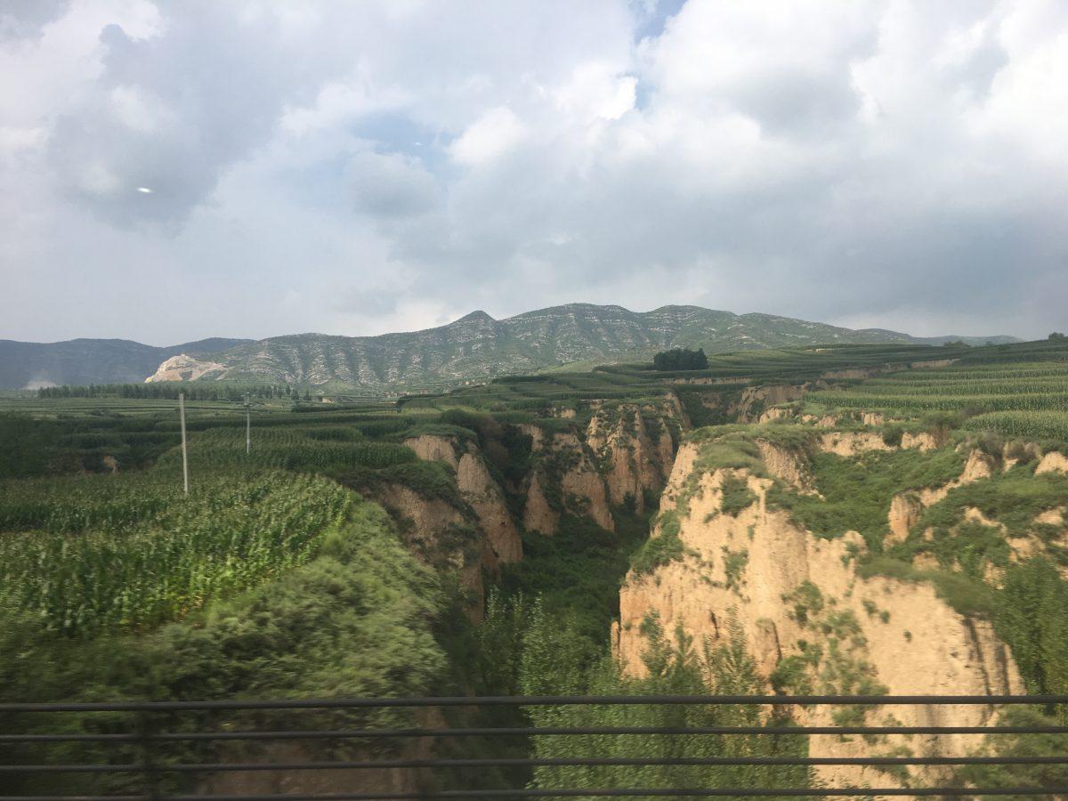 山西·夏季·高铁·田野·农田