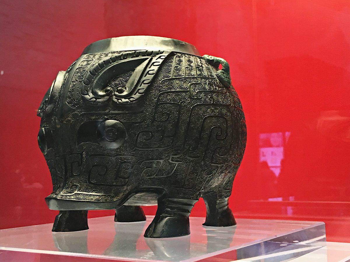 春节·新年·商代青铜器·猪卣