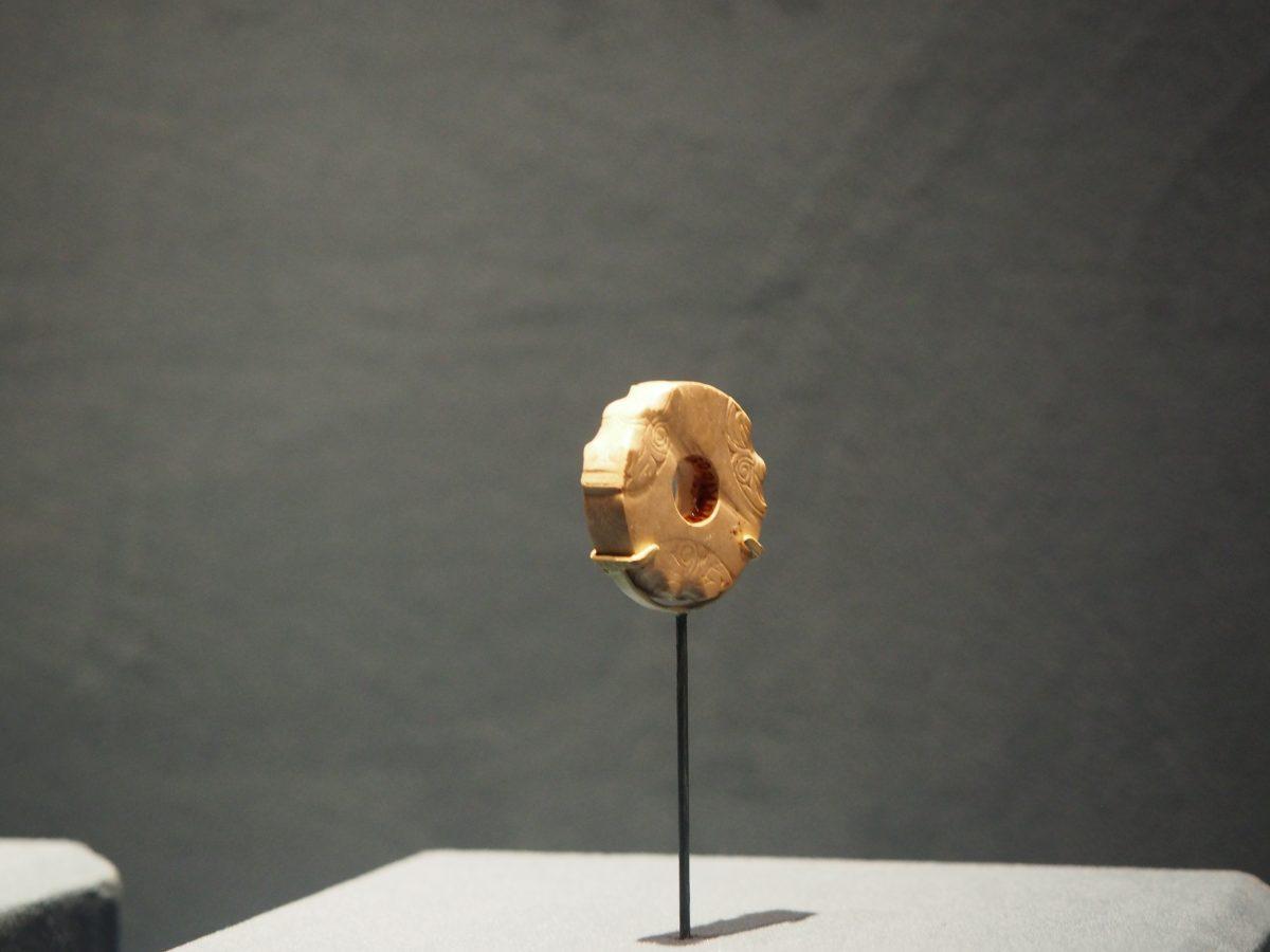良渚博物院·良渚文化·瑶山遗址·龙首纹玉圆牌