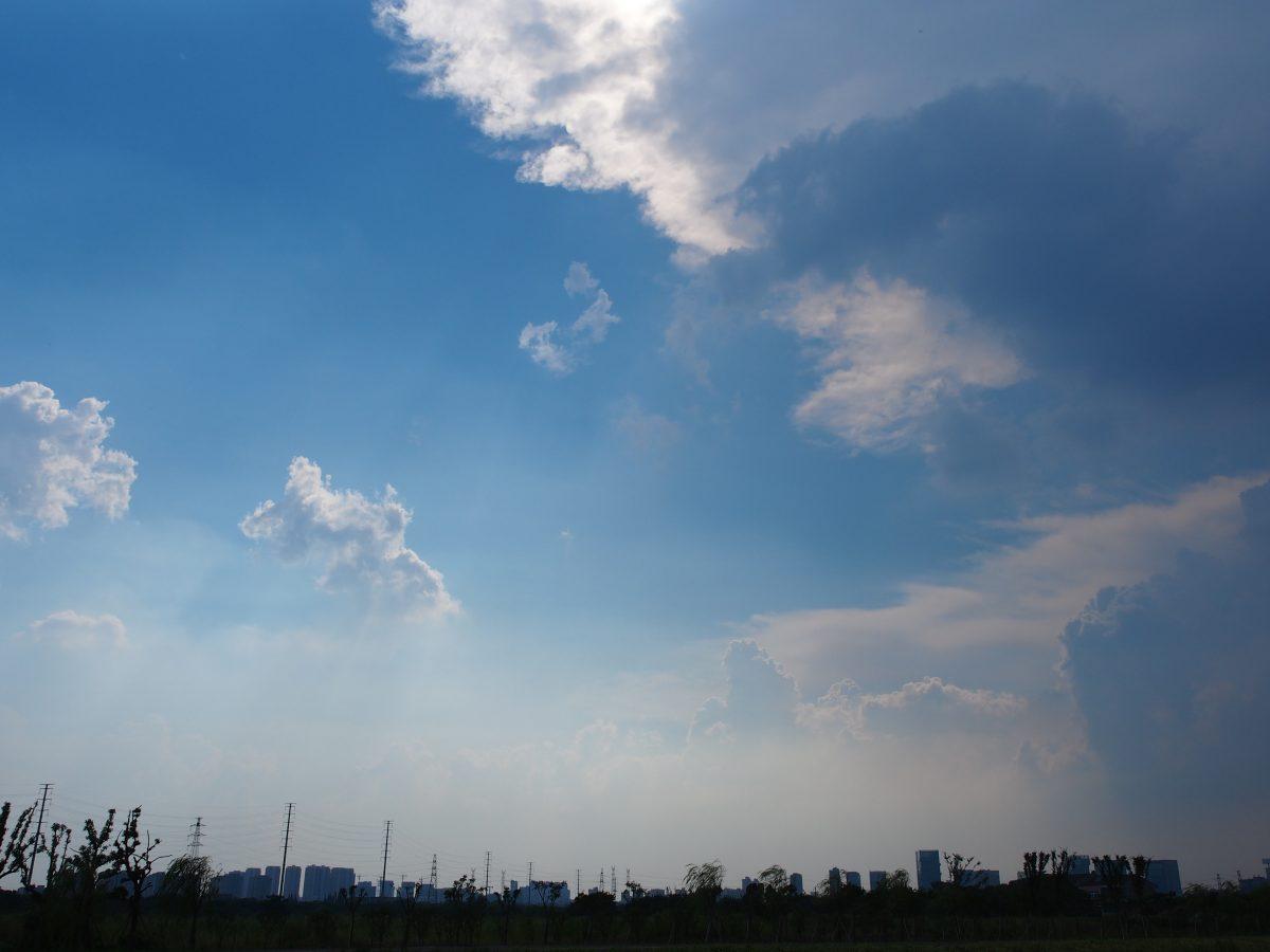 初秋的天空·蓝天白云