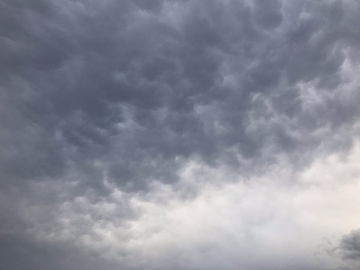 江苏·梅雨季节·雨后·阴云
